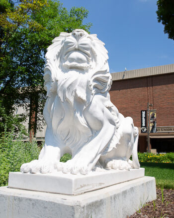The PNW campus lion is pictured.