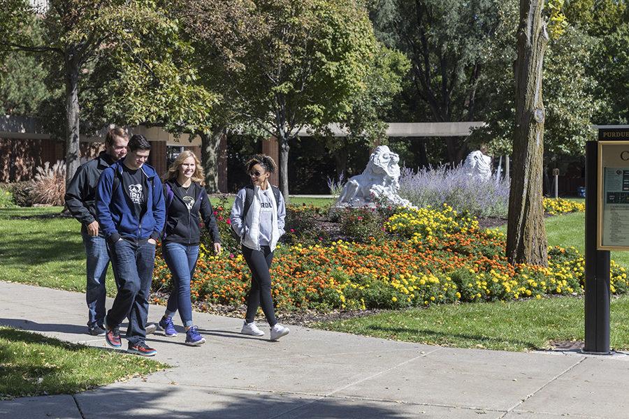 Students walk across PNW's Hammond Campus