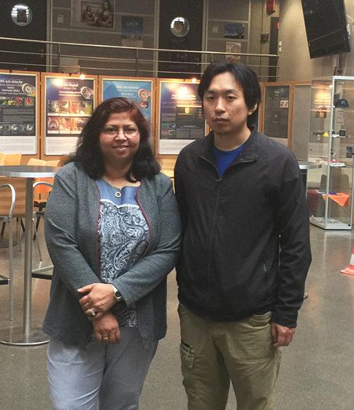 Neeti Parashar (left) and Tongguang Cheng