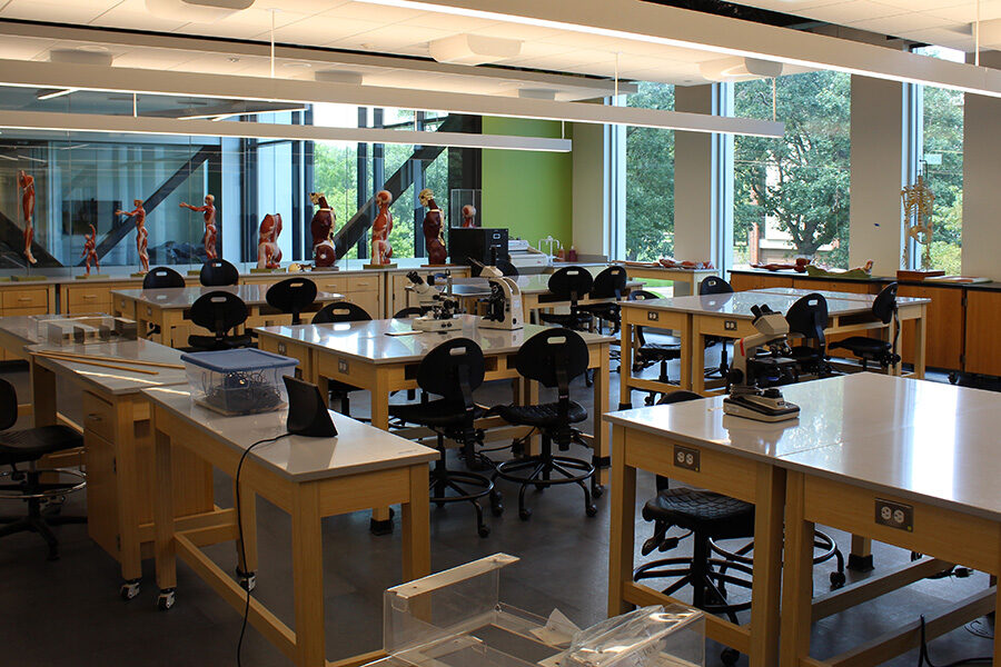 A laboratory in PNW's Nils K Nelson Bioscience Innovation Building