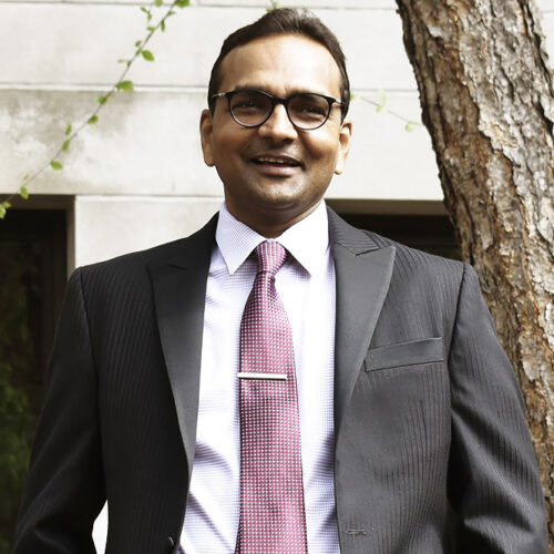 Dr. Vijay Devabhaktuni