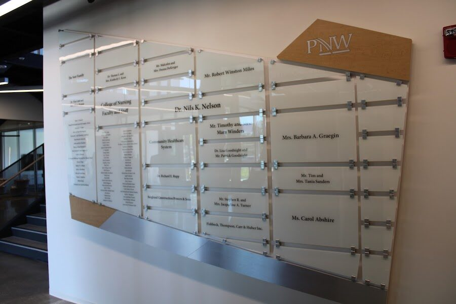 Plaques are displayed at Nils.