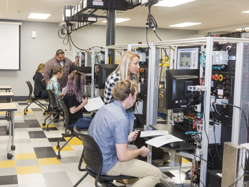 Students collaborate in a PNW lab space