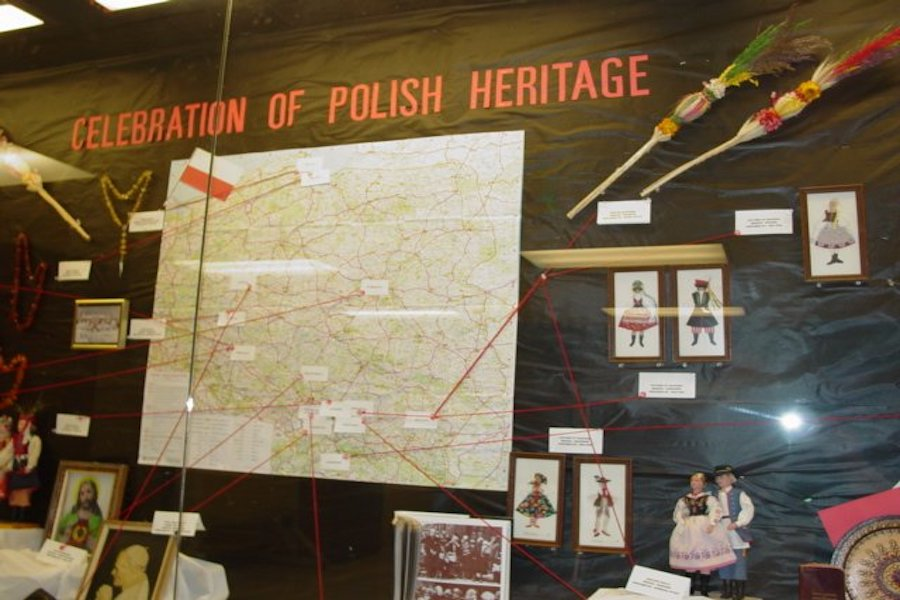 A polish heritage sign is pictured.