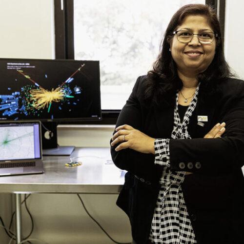 Neeti Parashar in the lab