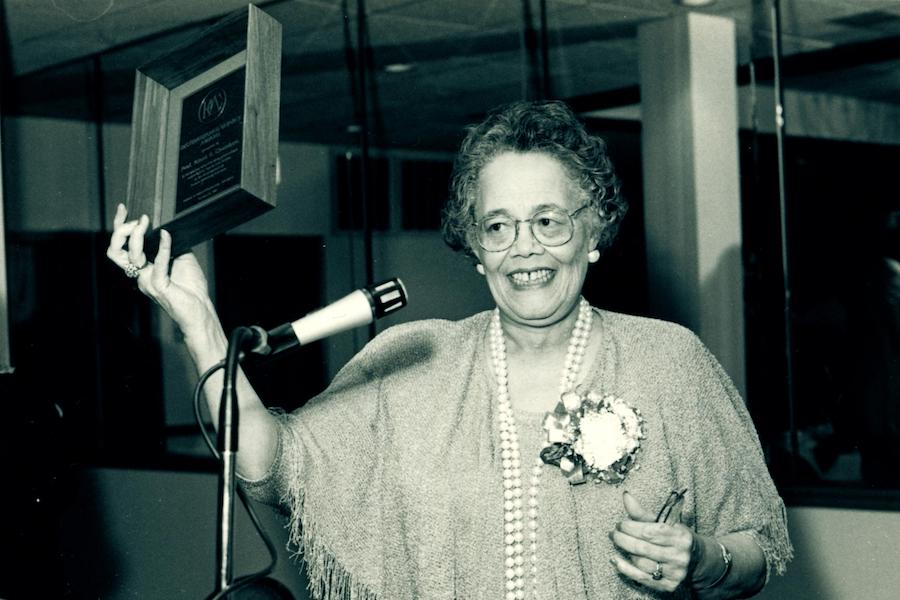 Jean Chambers is pictured.